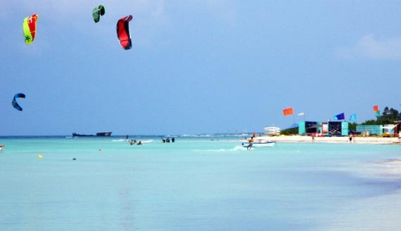 aruba-xtremewinds-kite-surfing