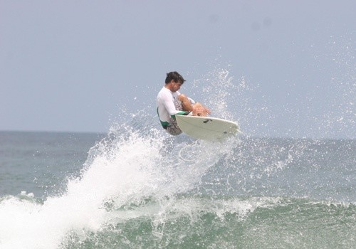 Descubre Costa Rica Surf Camp