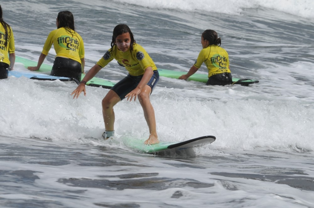 FITENIA SURF SCHOOL